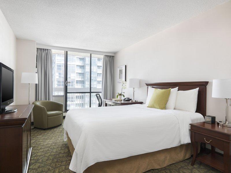 Chelsea Hotel Toronto-Chelsea Queen<br/>Image from Leonardo