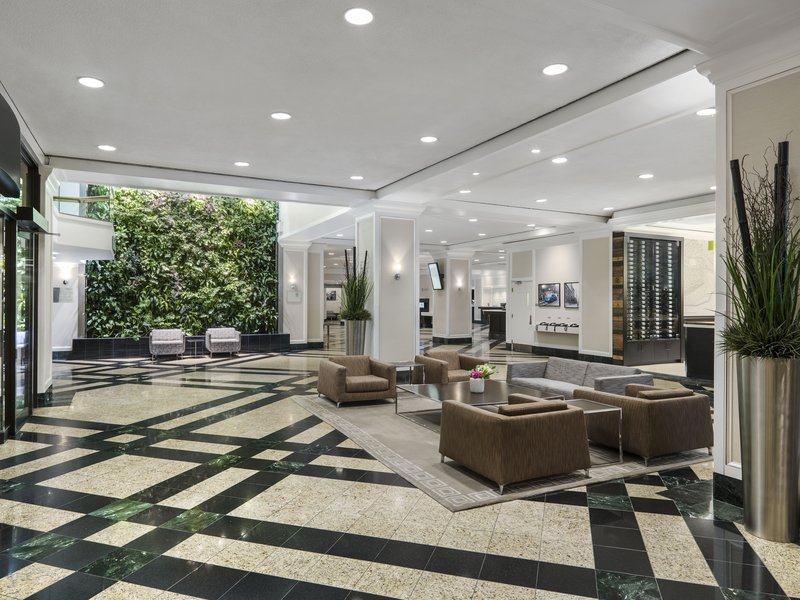 Chelsea Hotel Toronto-Lobby<br/>Image from Leonardo