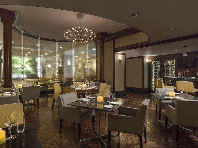 Chelsea Hotel Toronto-TBar Lounge<br/>Image from Leonardo
