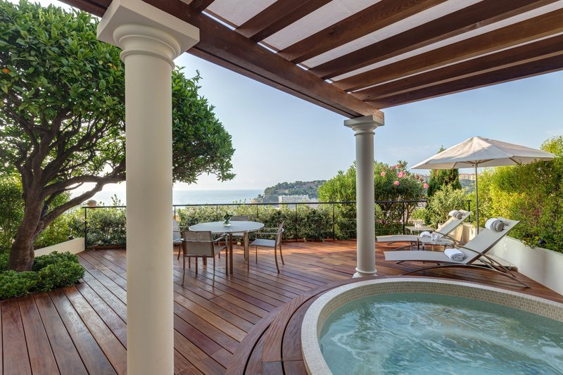 Hermitage Monte Carlo-Junior Suite with Terrace and Jacuzzi<br/>Image from Leonardo