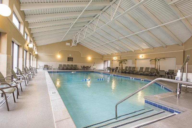 DoubleTree by Hilton Grand Rapids Airport-Indoor Swimming Pool<br/>Image from Leonardo