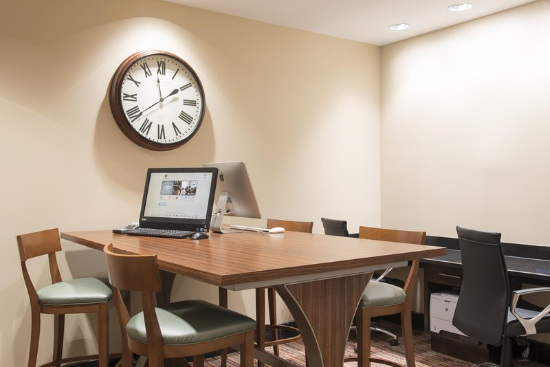 DoubleTree by Hilton Grand Rapids Airport-Business Center<br/>Image from Leonardo