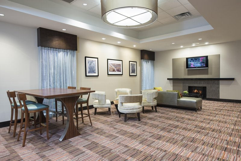 DoubleTree by Hilton Grand Rapids Airport-Lobby Seating<br/>Image from Leonardo