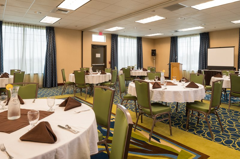 Holiday Inn Express Hotel & Suites North Sequim-Banquet Room<br/>Image from Leonardo