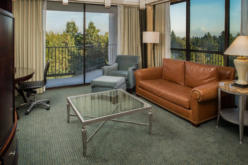 DoubleTree by Hilton Hotel Seattle Airport-Suite Living Area<br/>Image from Leonardo