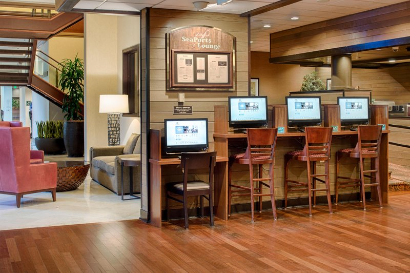 DoubleTree by Hilton Hotel Seattle Airport-Business Center<br/>Image from Leonardo