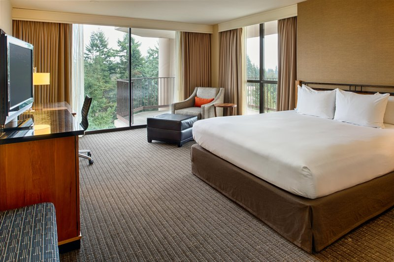 DoubleTree by Hilton Hotel Seattle Airport-Accessible King<br/>Image from Leonardo