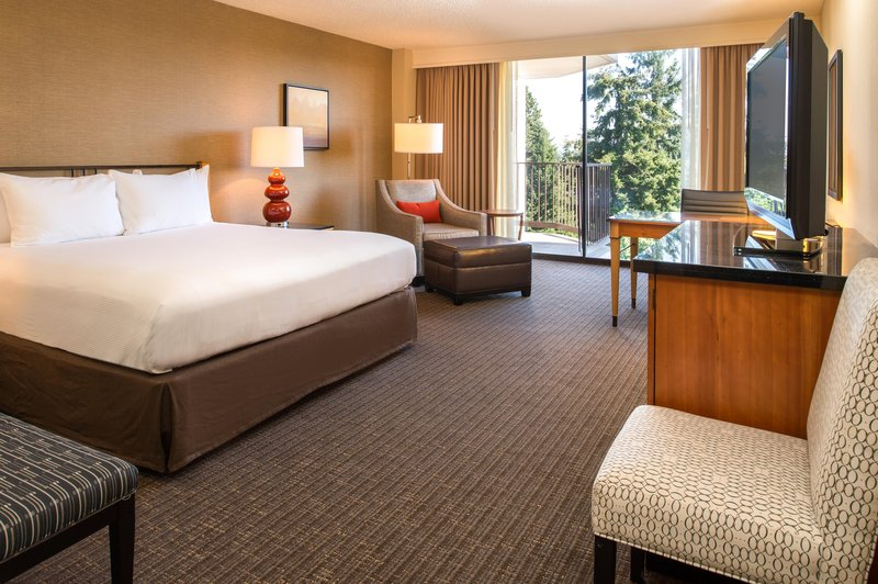 DoubleTree by Hilton Hotel Seattle Airport-One King Bed with Balcony<br/>Image from Leonardo