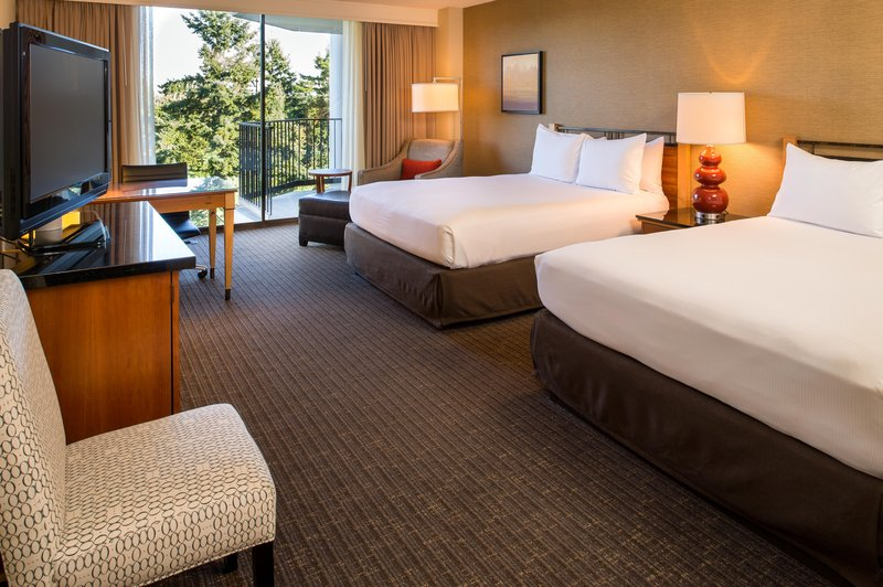 DoubleTree by Hilton Hotel Seattle Airport-2 Queen Beds Deluxe with Mountain View<br/>Image from Leonardo
