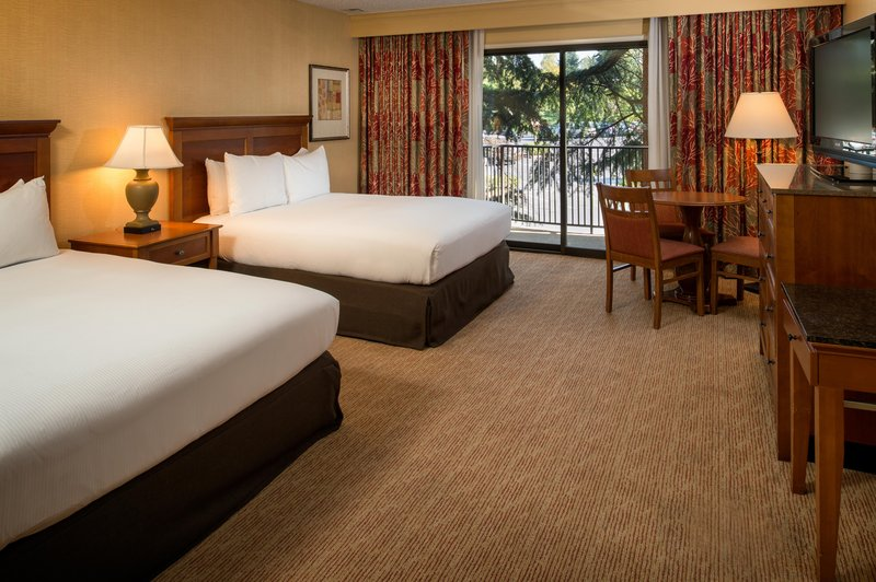 DoubleTree by Hilton Hotel Seattle Airport-1 King and 2 Queen Suite<br/>Image from Leonardo