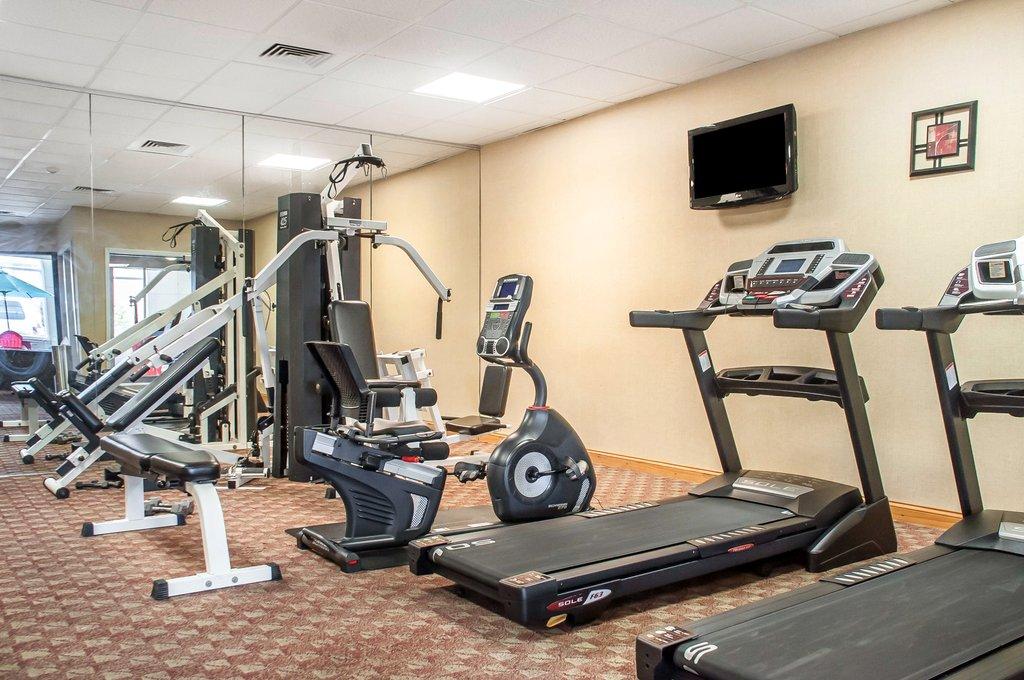 Clarion Hotel Buffalo Airport-Fitness center<br/>Image from Leonardo