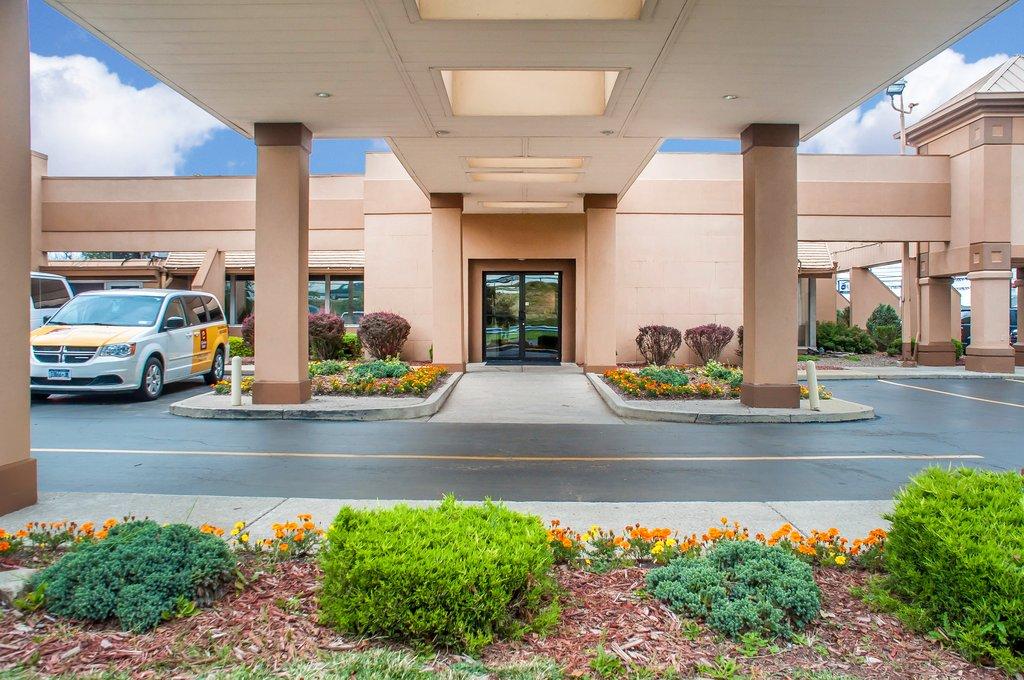 Clarion Hotel Buffalo Airport-Exterior<br/>Image from Leonardo