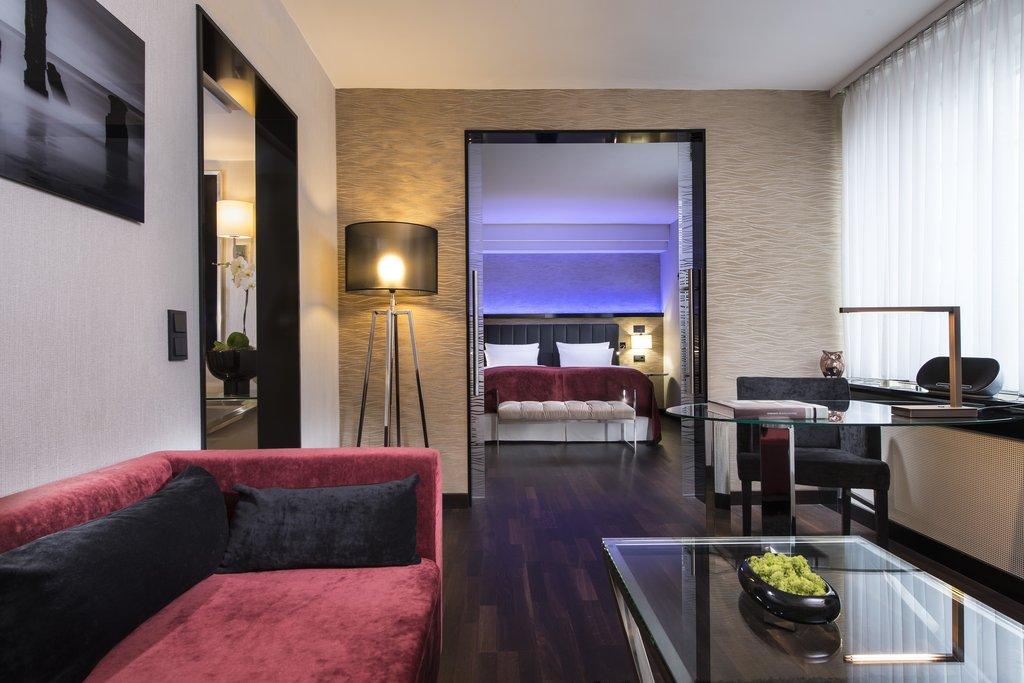 Hotel Palace Berlin - Suite <br/>Image from Leonardo