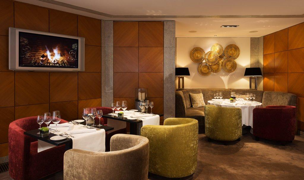 Hotel Palace Berlin - Lobby Lounge <br/>Image from Leonardo