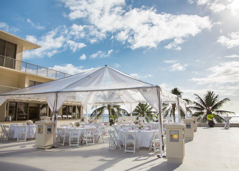 Outrigger Reef Waikiki Beach Resort - Outrigger Reef Waikiki Beach Wedding Voyager Deck <br/>Image from Leonardo