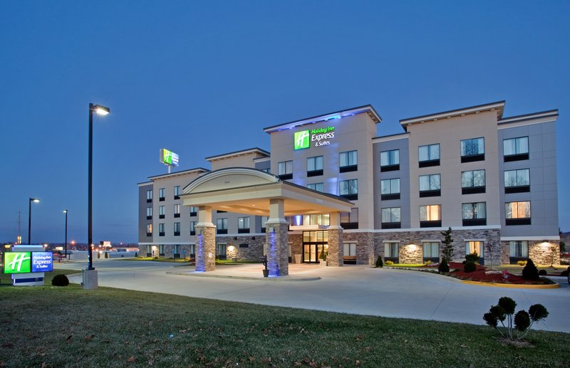 Holiday Inn Express & Suites Festus - South St. Louis-Hotel Exterior<br/>Image from Leonardo