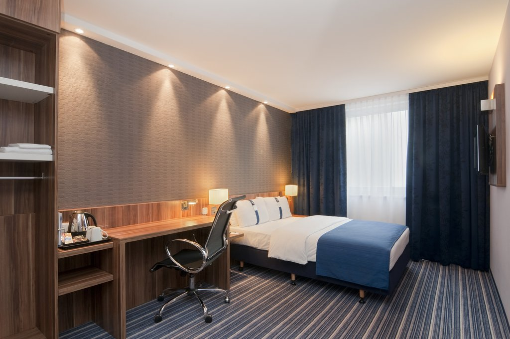 Holiday Inn Express Hamburg - St. Pauli Messe-Wheelchair Accessible<br/>Image from Leonardo