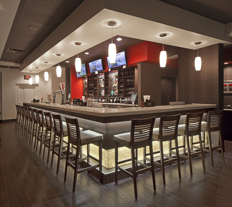 Holiday Inn Hotel & Suites Windsor (Ambassador Bridge)-Grill 55 - Bar Area<br/>Image from Leonardo