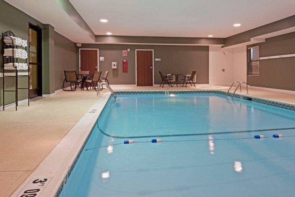 Holiday Inn Express Providence - North Attleboro-Holiday Inn Express North Attleboro Indoor Pool<br/>Image from Leonardo