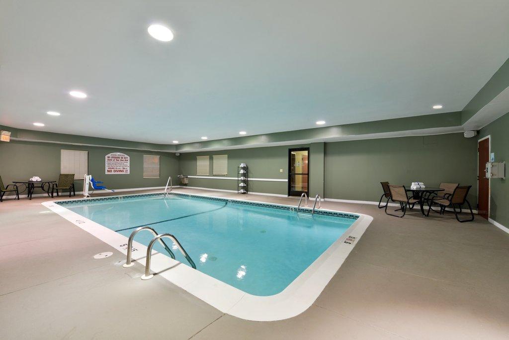 Holiday Inn Express Providence - North Attleboro-Holiday Inn Express North Attleboro Indoor Heated Pool<br/>Image from Leonardo