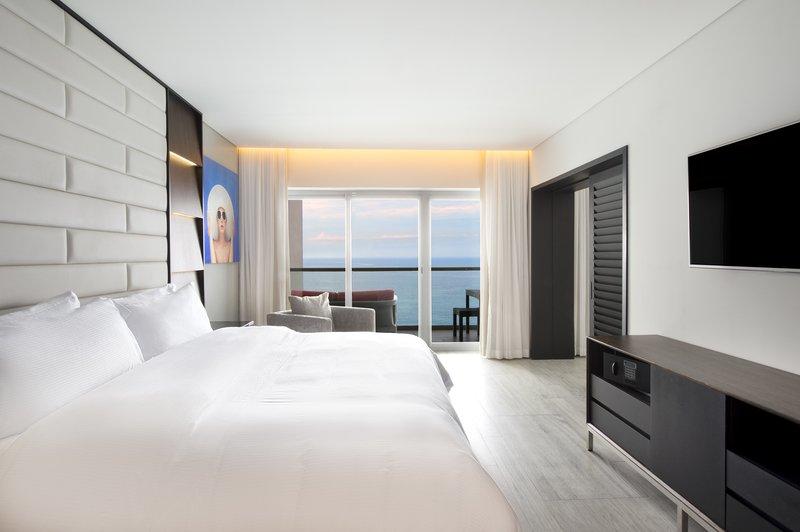 Grand Fiesta Americana Puerto Vallarta - Master Suite 1 King, Ocean Front <br/>Image from Leonardo