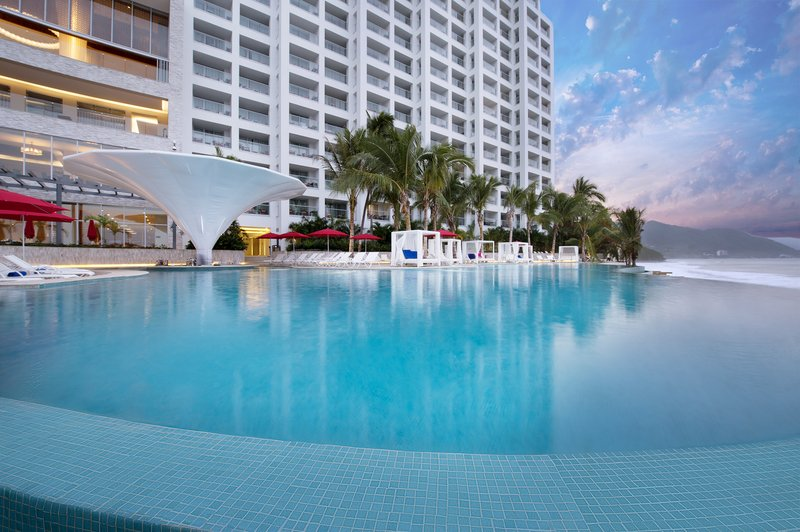 Grand Fiesta Americana Puerto Vallarta - Summer Pool Bar <br/>Image from Leonardo
