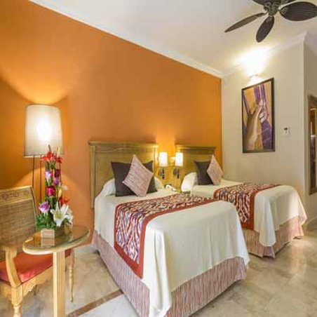 Grand Palladium Colonial Resort & Spa - Deluxe Room <br/>Image from Leonardo