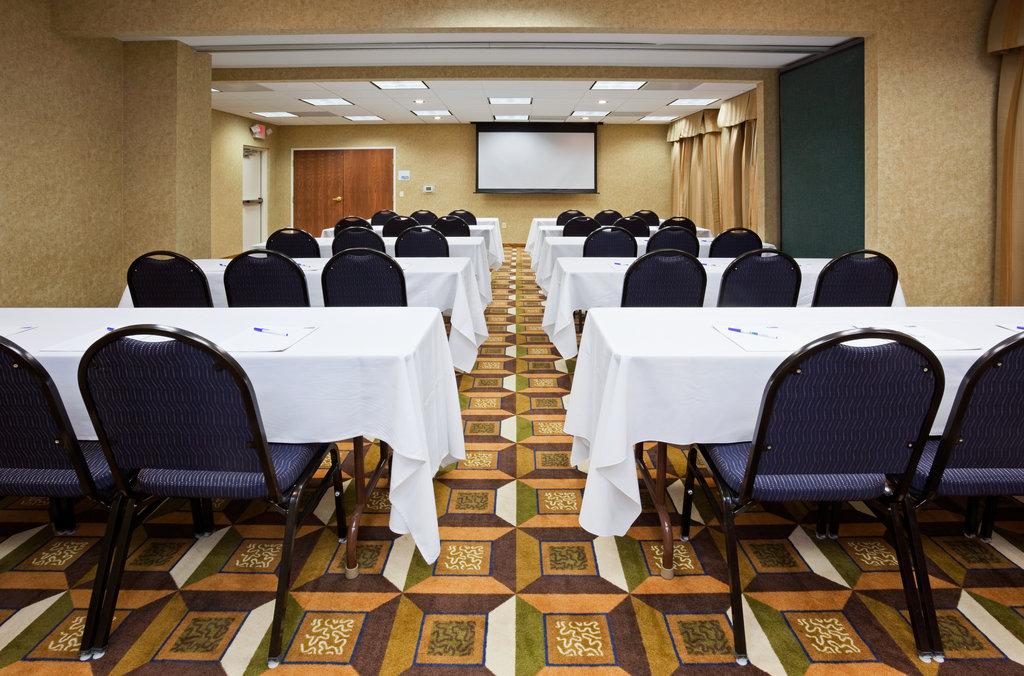 Holiday Inn Express Sheboygan-Kohler (I-43)-Meeting Room<br/>Image from Leonardo