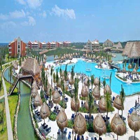 Grand Palladium White Sand Resort & Spa - Hotel Aerial <br/>Image from Leonardo