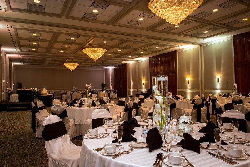 DoubleTree by Hilton Hotel Philadelphia Airport-Ballroom Wedding<br/>Image from Leonardo