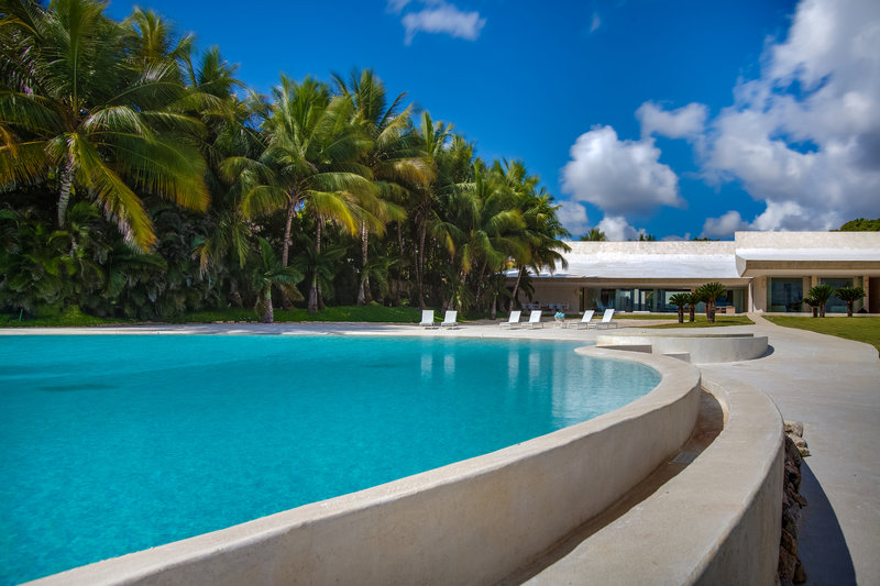 Casa De Campo - 6 Bedroom Oceanfront Villa Casa Olas <br/>Image from Leonardo