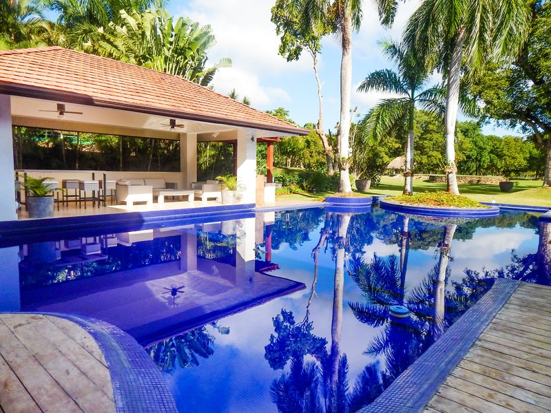 Casa De Campo - 5 Bedroom Exclusive Villa Balinesa <br/>Image from Leonardo