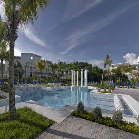 Grand Palladium Lady Hamilton Resort & Spa - Pool <br/>Image from Leonardo