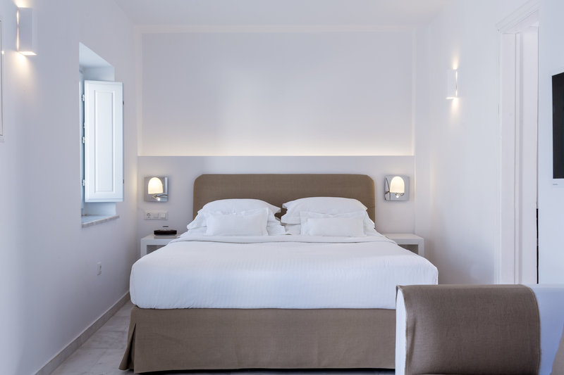 Canaves Oia Hotel-Honeymoon Suite<br/>Image from Leonardo