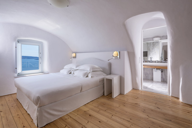 Canaves Oia Hotel-Grand Suite<br/>Image from Leonardo