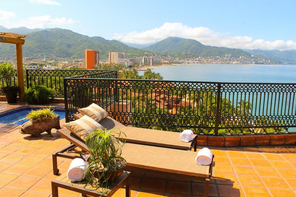 Grand Fiesta Americana Puerto Vallarta - Terrace <br/>Image from Leonardo
