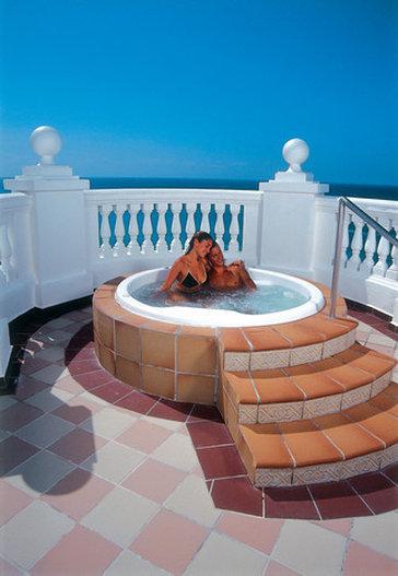 Riu Palace Las Americas - XLA <br/>Image from Leonardo