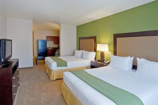Holiday Inn Express Hotel & Suites North Sequim-Suite<br/>Image from Leonardo