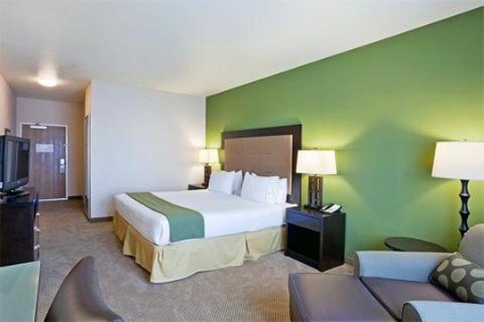 Holiday Inn Express Hotel & Suites North Sequim-Single Bed Guest Room<br/>Image from Leonardo