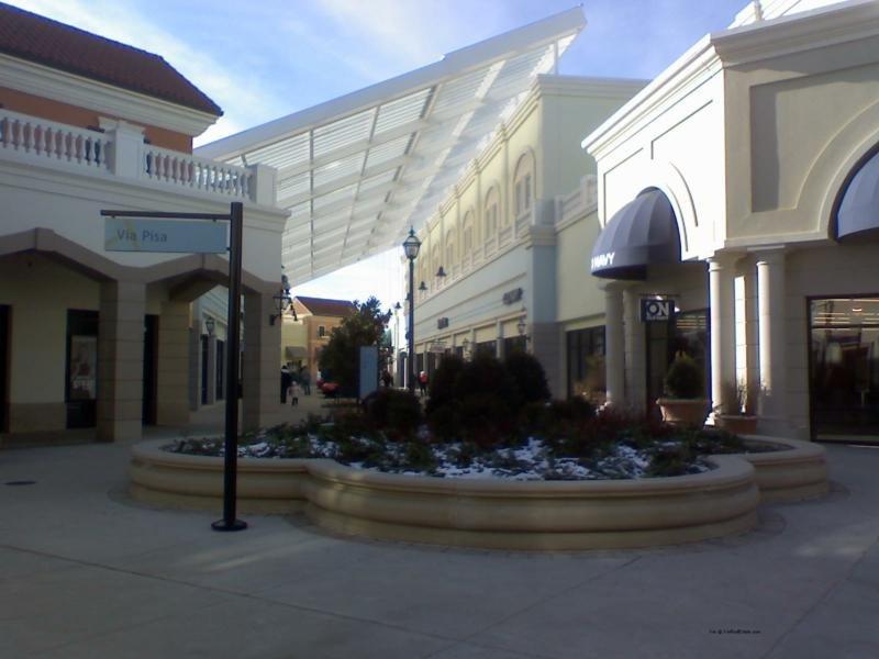 Hilton Garden Inn Riverhead-Tanger Outlet Mall<br/>Image from Leonardo