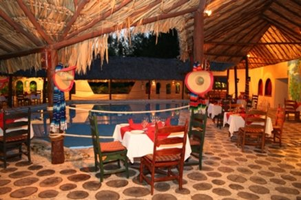 Sunscape Akumal Beach Resort & Spa - Restaurant <br/>Image from Leonardo