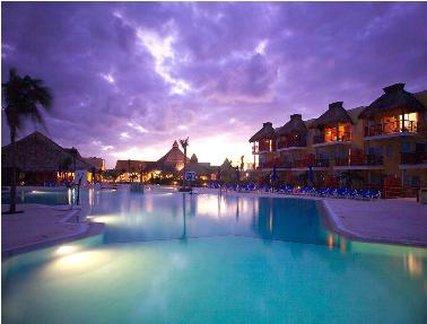 Sunscape Akumal Beach Resort & Spa - Pool <br/>Image from Leonardo
