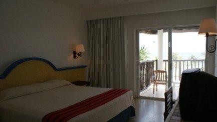 Sunscape Akumal Beach Resort & Spa - Ocean View Room <br/>Image from Leonardo