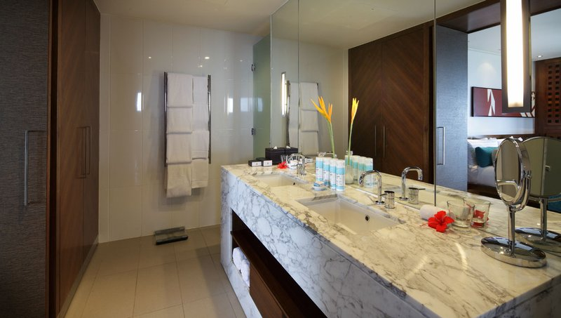 InterContinental Fiji Golf Resort & Spa - Club InterContinental bathroom <br/>Image from Leonardo
