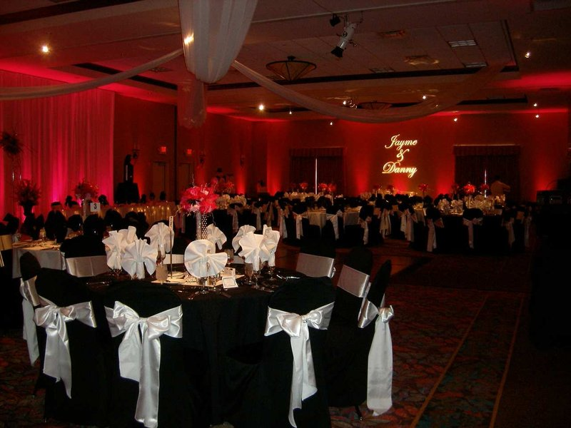 Hilton Garden Inn Dayton Beavercreek-2009 Weddings<br/>Image from Leonardo