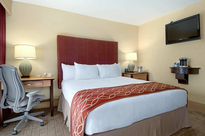 Pointe Hilton Squaw Peak Resort - Studio Room <br/>Image from Leonardo