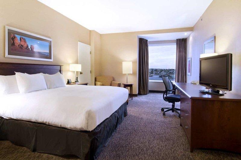 Hilton Saint John Trade &amp; Convention Centre-King Bed Club Floor<br/>Image from Leonardo