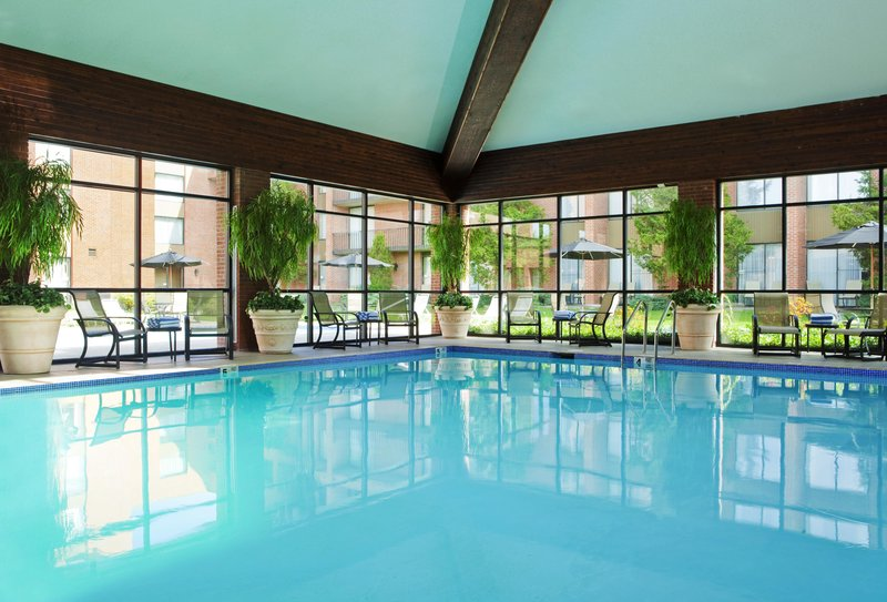 DoubleTree by Hilton Syracuse-Indoor Pool<br/>Image from Leonardo
