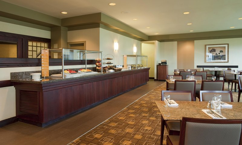 Hilton Winnipeg Airport Suites-Bistro 1800 Buffet <br/>Image from Leonardo