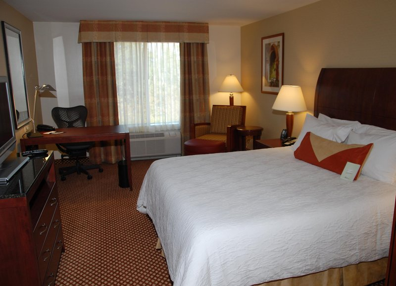 Hilton Garden Inn Riverhead-King Bed Guest Room<br/>Image from Leonardo